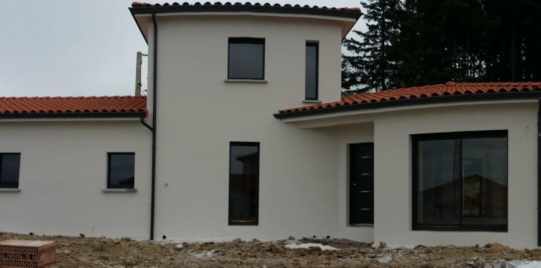 Maîtrise d'Oeuvre pour Construction d'une maison à étage en V – Saint Férréol d'Auroure